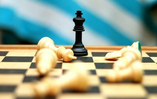Kibernetska vojna je v polnem razmahu – kdo bo zmagovalec na vaši fronti?